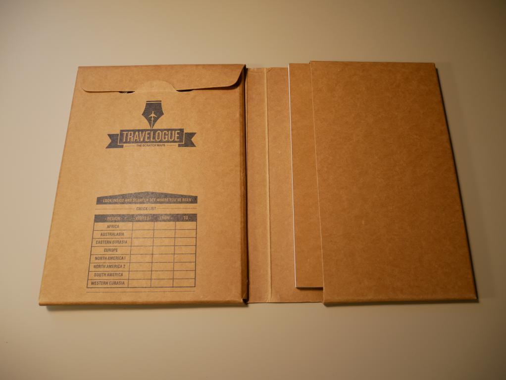 Dziennik podróży ze zdrapkowymi mapami z Aliexpress - dziennik w środku